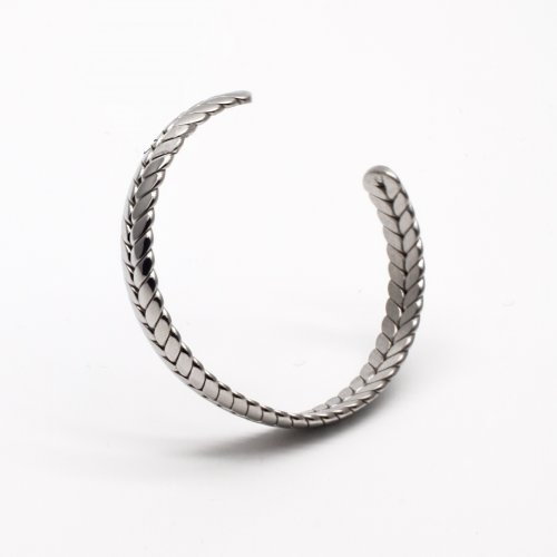 Silver Feathered Bangle